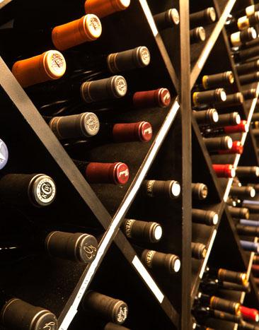 Bis on Main » Wine